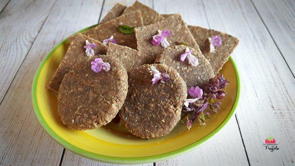 Paninetti o Cracker alla Chufa