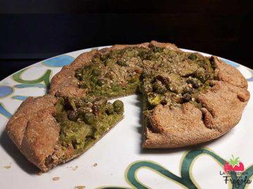Torta salata alla Chufa con fave e piselli freschi