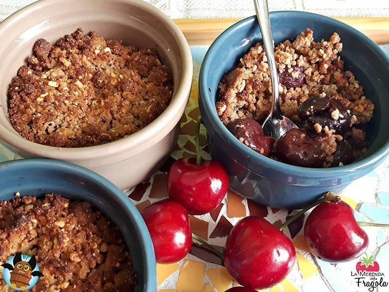 Crumble ciliegie con Chufa, mais e castagne
